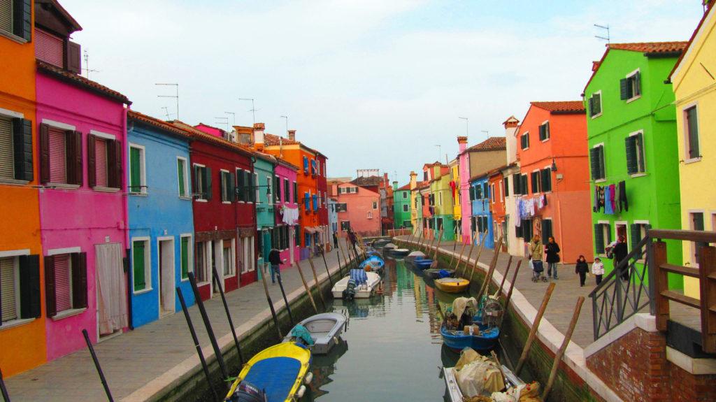 italie burano bleu voyage